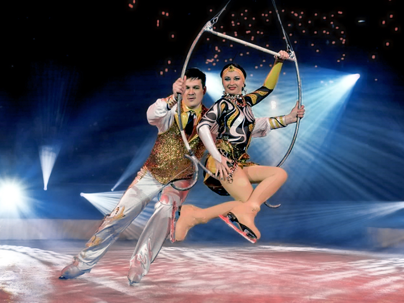aerial hoop duet Moscowcircus on ice