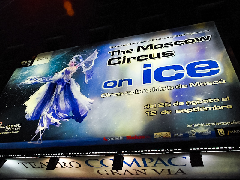 Moscow circus on ice banner Teatro Compaq Gran via